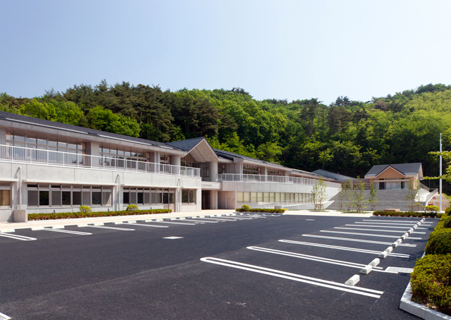 福島県建築設計協同組合 - 天栄村立天栄中学校